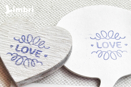 Love - Misura timbrata: 25*23 mm